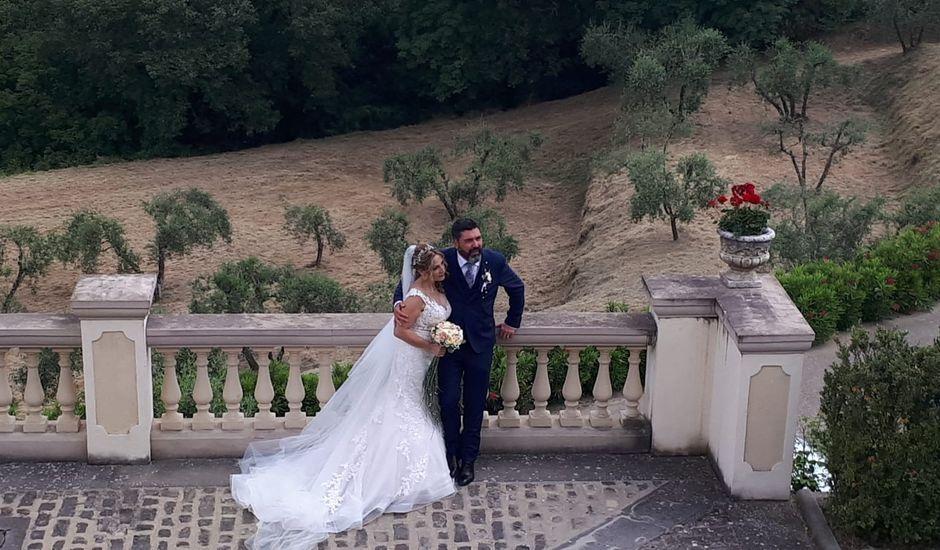 Il matrimonio di Maurizio  e Laura  a Pian di Sco, Arezzo