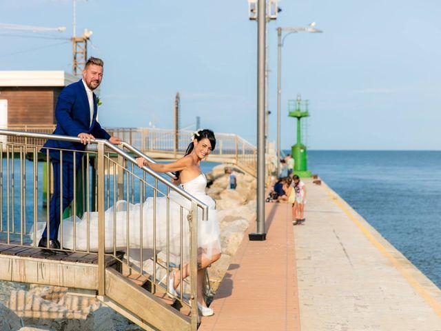 Il matrimonio di Luca e Simona a Comacchio, Ferrara 10