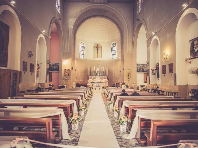 Il matrimonio di Luca e Simona a Comacchio, Ferrara 15