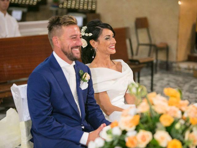 Il matrimonio di Luca e Simona a Comacchio, Ferrara 43