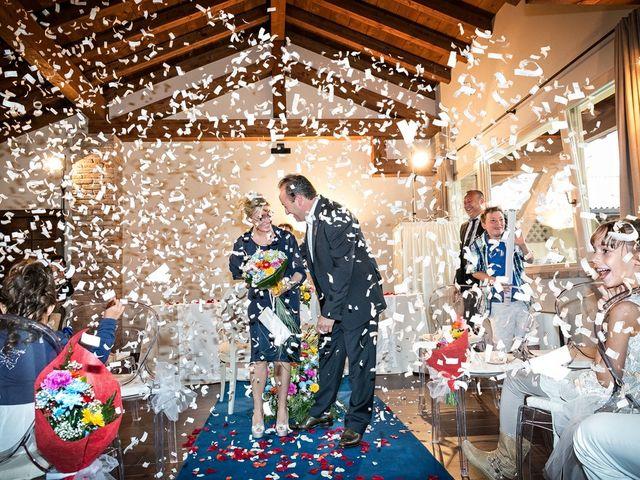 Il matrimonio di Alberto e Emanuela a Fara Gera d'Adda, Bergamo 9