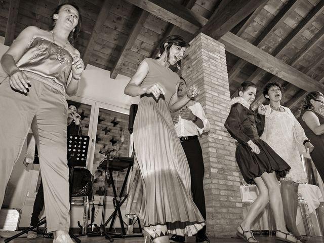 Il matrimonio di Alberto e Emanuela a Fara Gera d'Adda, Bergamo 33