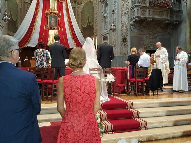 Il matrimonio di Roberto e Elena a San Giovanni in Persiceto, Bologna 1