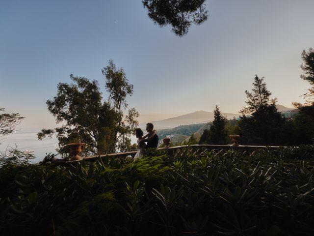 Il matrimonio di Phil e Bella a Taormina, Messina 6