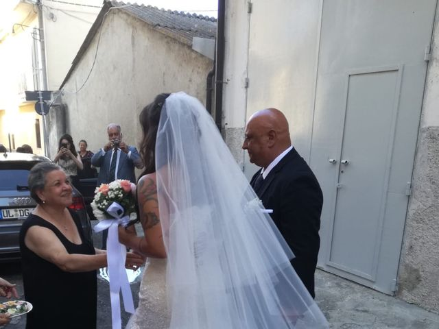 Il matrimonio di Giuseppe  e Sara  a Cutro, Crotone 18