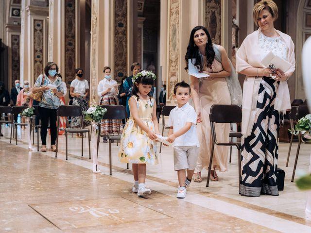 Il matrimonio di Jader e Ilaria a Busto Garolfo, Milano 35