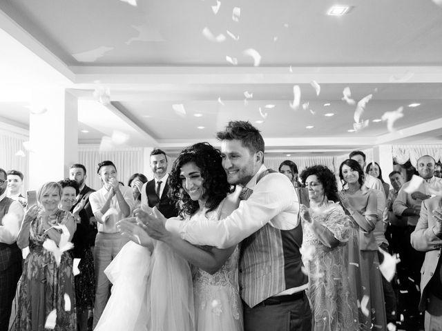 Il matrimonio di Simone e Giò a Vasto, Chieti 25