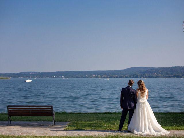 Il matrimonio di Riccardo e Anna a Angera, Varese 24