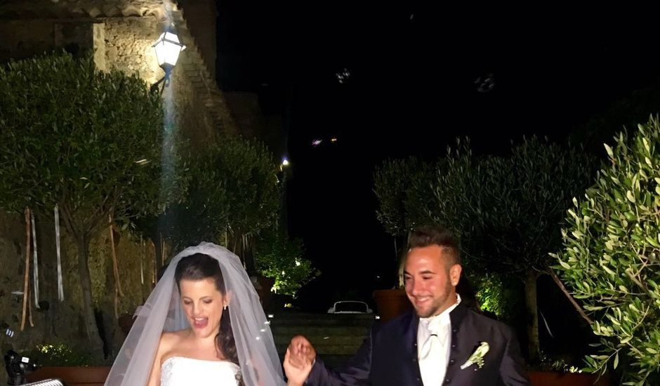Il matrimonio di Salvatore e Jessica a Cutro, Crotone