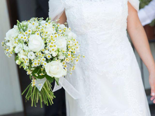Il matrimonio di Filippo e Barbara a Sumirago, Varese 23