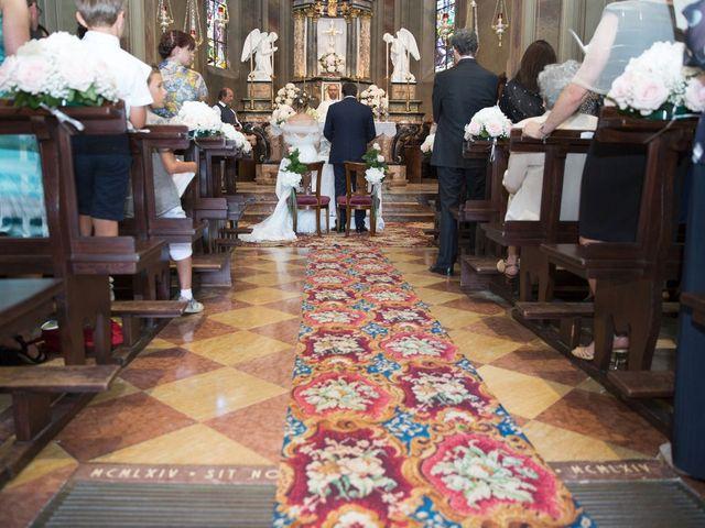 Il matrimonio di Filippo e Barbara a Sumirago, Varese 30