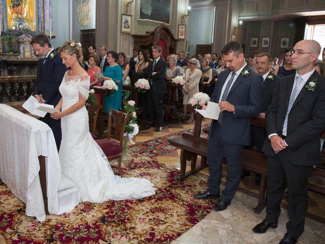 Il matrimonio di Filippo e Barbara a Sumirago, Varese 31