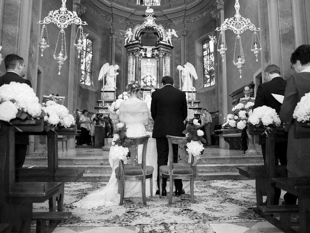 Il matrimonio di Filippo e Barbara a Sumirago, Varese 34