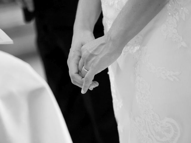 Il matrimonio di Filippo e Barbara a Sumirago, Varese 36