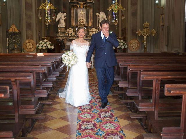 Il matrimonio di Filippo e Barbara a Sumirago, Varese 39