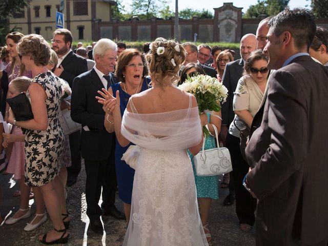 Il matrimonio di Filippo e Barbara a Sumirago, Varese 43