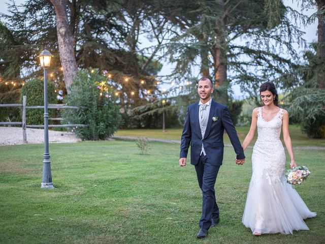 Il matrimonio di Valerio e Fabiana a Anguillara Sabazia, Roma 32