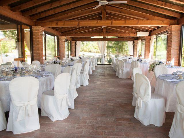 Il matrimonio di Vittorio e Elena a Castel San Pietro Terme, Bologna 21