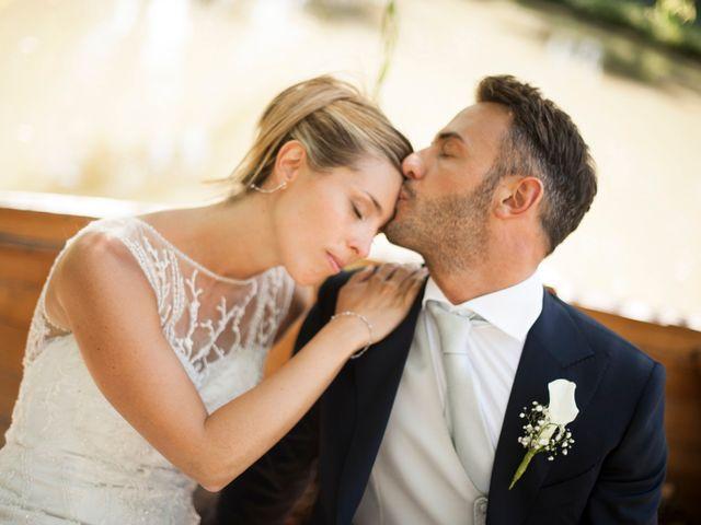 Il matrimonio di Vittorio e Elena a Castel San Pietro Terme, Bologna 36