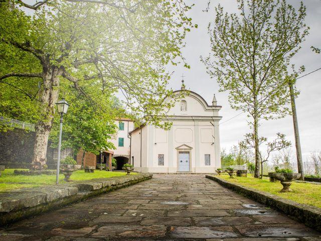 Il matrimonio di Claudio e Chiara a Podenzana, Massa Carrara 25