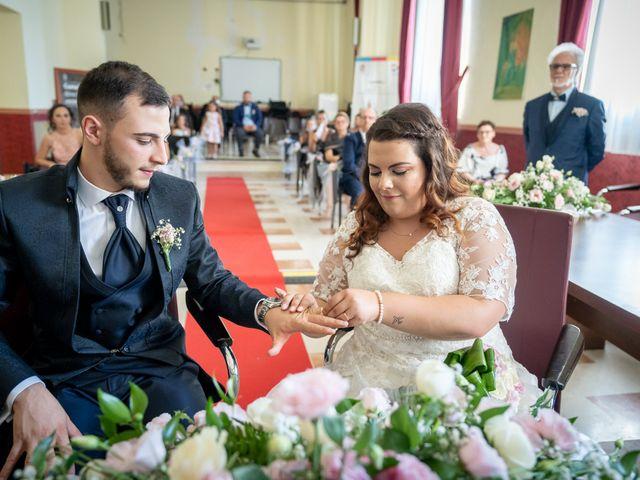 Il matrimonio di Riccardo e Desirè a Campli, Teramo 21