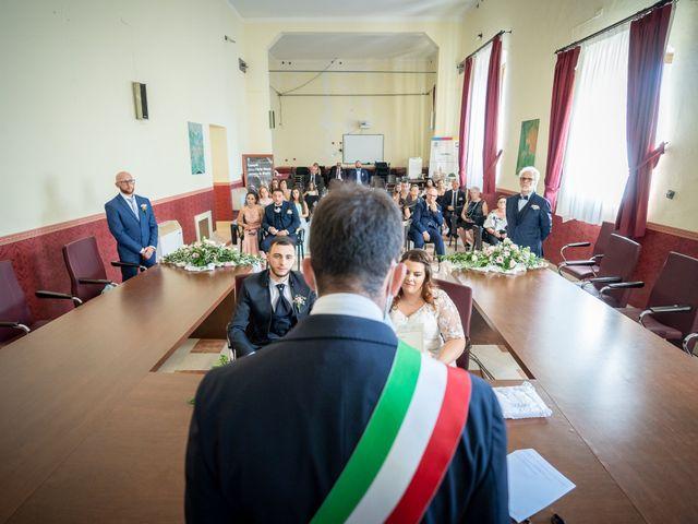 Il matrimonio di Riccardo e Desirè a Campli, Teramo 22