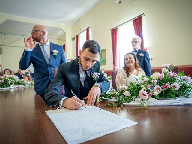 Il matrimonio di Riccardo e Desirè a Campli, Teramo 23