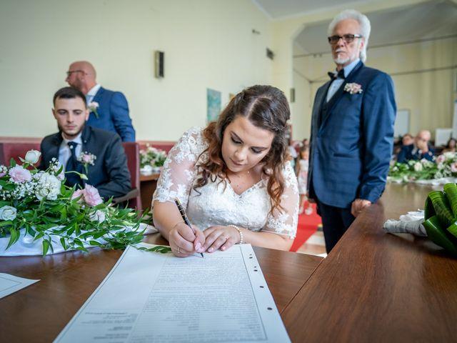 Il matrimonio di Riccardo e Desirè a Campli, Teramo 24
