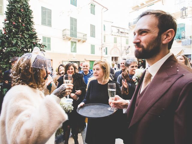 Il matrimonio di Alessandro e Ilaria a Noli, Savona 23