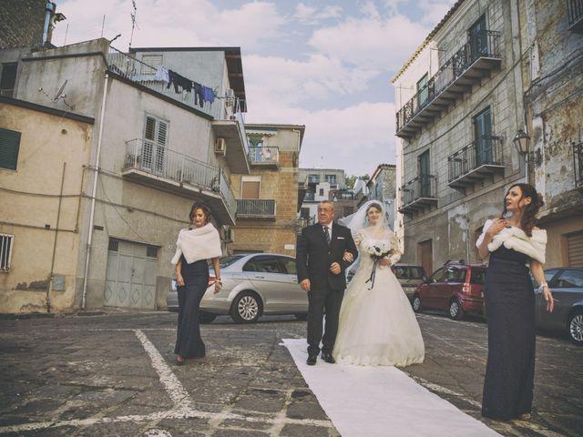 Il matrimonio di Andrea e Valentina a Pietraperzia, Enna 32