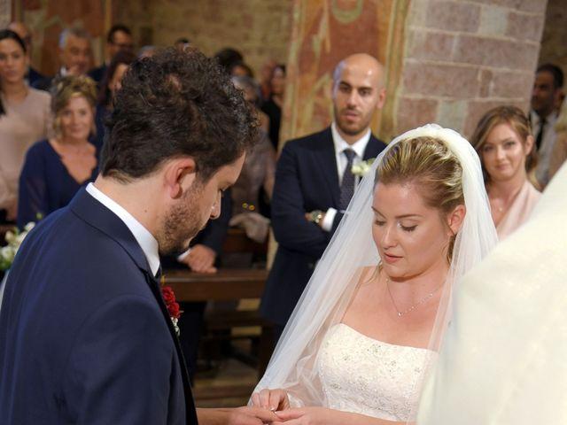 Il matrimonio di Nicola e Silvia a Spello, Perugia 32