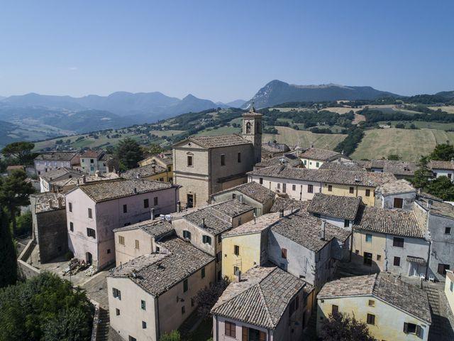 Il matrimonio di Cecilia e Eugenio a Mergo, Ancona 35