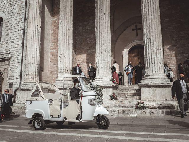 Il matrimonio di Matteo e Flavia a Assisi, Perugia 19