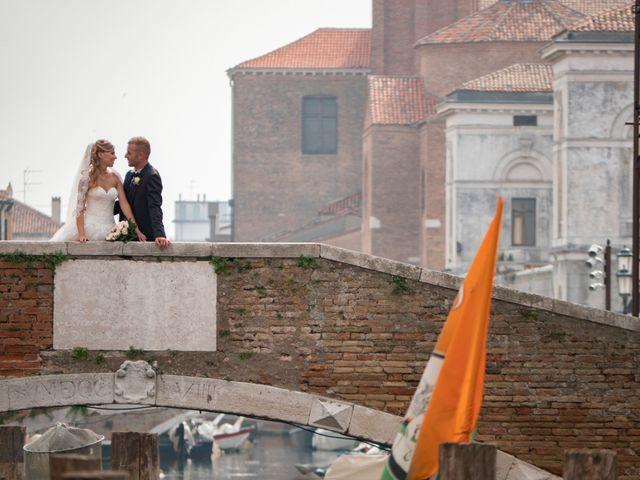Il matrimonio di Gloria e Nicola a Chioggia, Venezia 12