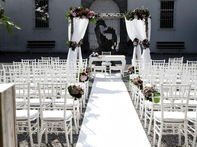 Il matrimonio di Andrea e Serena a Vergiate, Varese 18