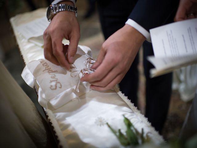 Il matrimonio di Etienne e Stephanie a Cerrione, Biella 23