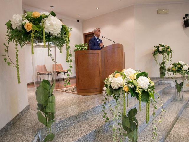 Il matrimonio di Vincenzo e Sara a Bollate, Milano 9