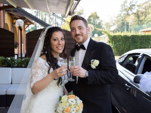 Il matrimonio di Vincenzo e Sara a Bollate, Milano 15