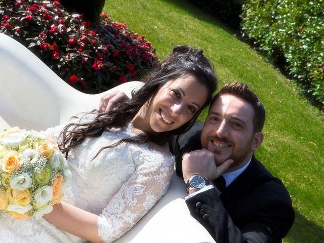 Il matrimonio di Vincenzo e Sara a Bollate, Milano 17