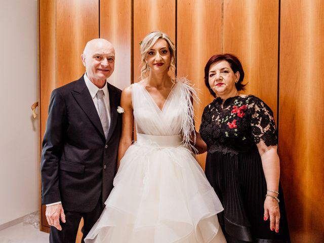 Il matrimonio di Simone e Martina a Montegranaro, Fermo 33