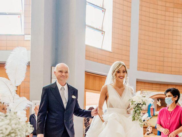 Il matrimonio di Simone e Martina a Montegranaro, Fermo 39