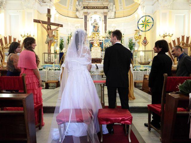 Il matrimonio di Manuela e Gianni a Procida, Napoli 3