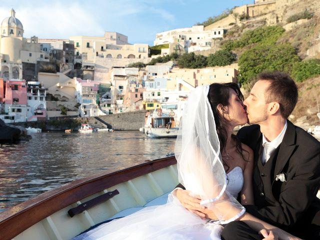 Il matrimonio di Manuela e Gianni a Procida, Napoli 2
