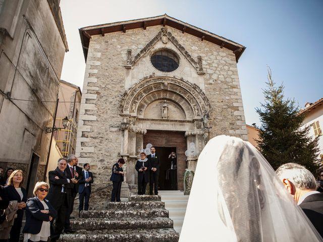 Il matrimonio di Pietro e Stefania a Montorio al Vomano, Teramo 11