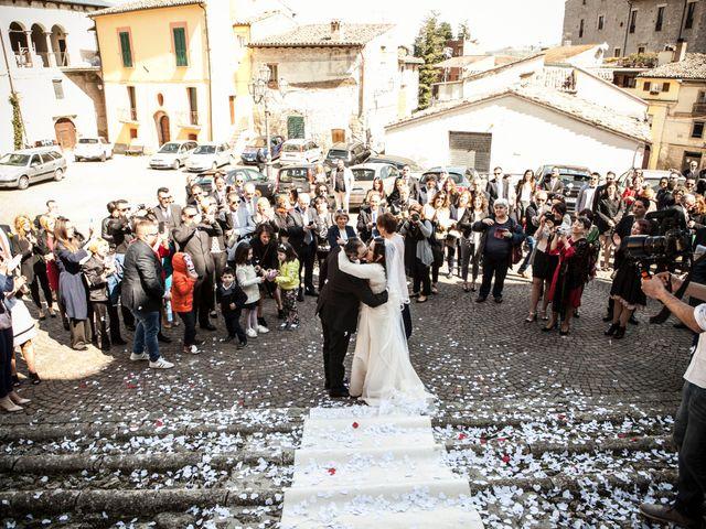 Il matrimonio di Pietro e Stefania a Montorio al Vomano, Teramo 12
