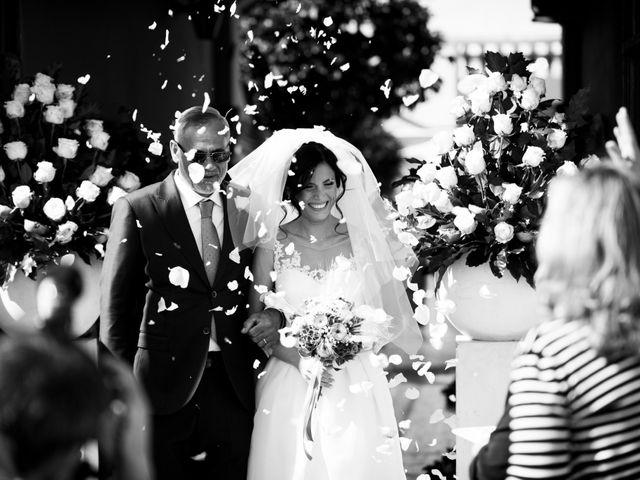Il matrimonio di Gianluigi e Tonia a Napoli, Napoli 22