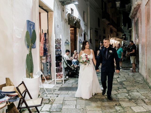Il matrimonio di Dario e Elisabetta a Gallipoli, Lecce 56