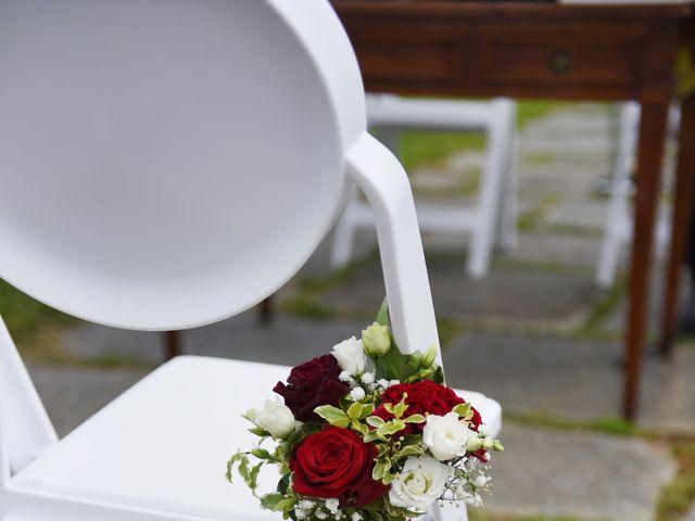 Il matrimonio di Massimiliano e Sara a Carnago, Varese 8
