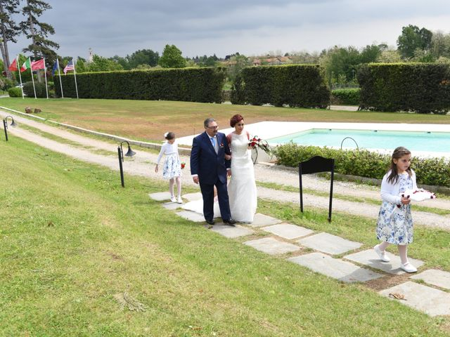 Il matrimonio di Massimiliano e Sara a Carnago, Varese 10