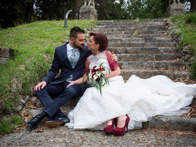 Il matrimonio di Massimiliano e Sara a Carnago, Varese 22